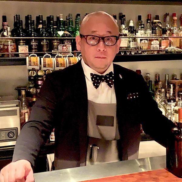 中垣繁幸 (BAROSSA cocktailier)